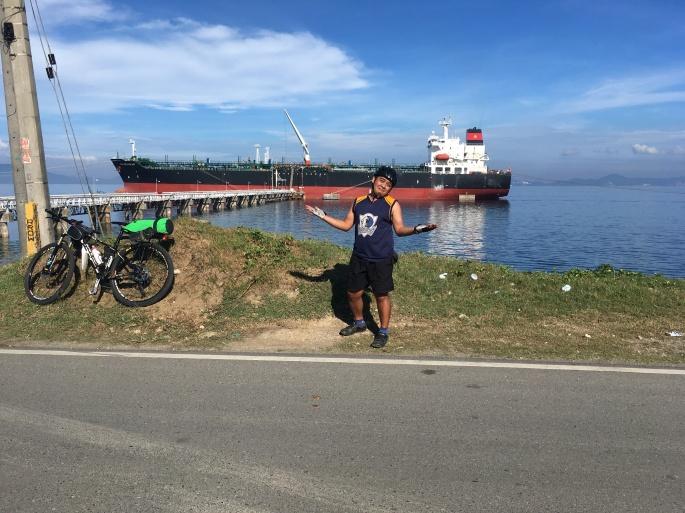 cargo tanker
